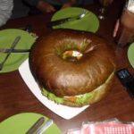 Burger Buto, Rasakan Sensasinya!!