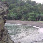 Aroma Pertualangan Menuju Pantai Licin