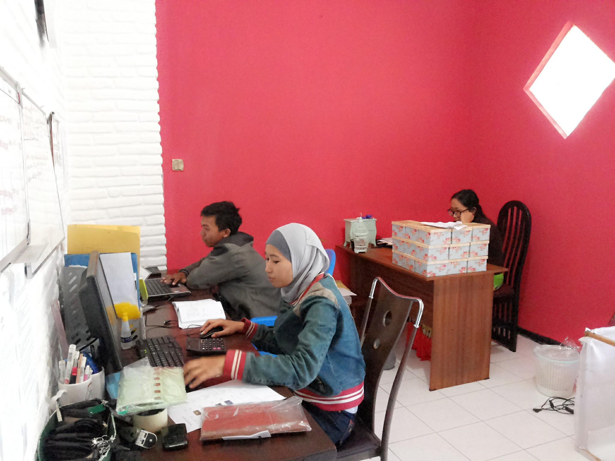 Admin Rental Motor di Malang